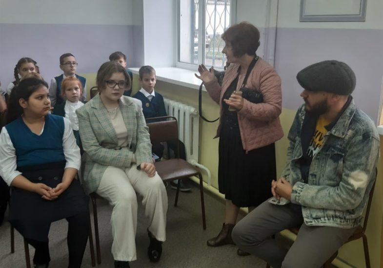 _Гости премьерыТ.В. Мошкина, Плечко А., Стародубцева Маша