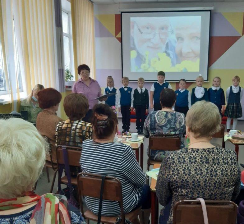 _Поздравления ветеранам младшей группы юных кукловодов